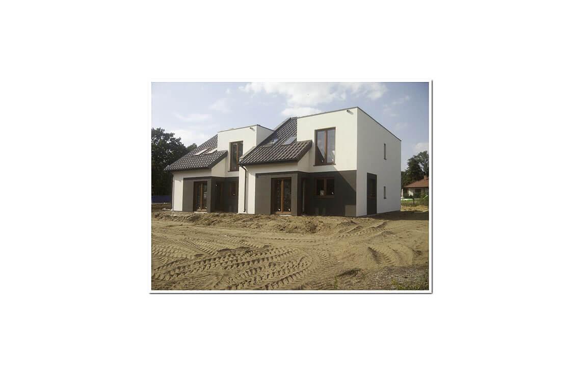 Projekt domu szeregowego-bliźniaczego Andrzej realizacja 1